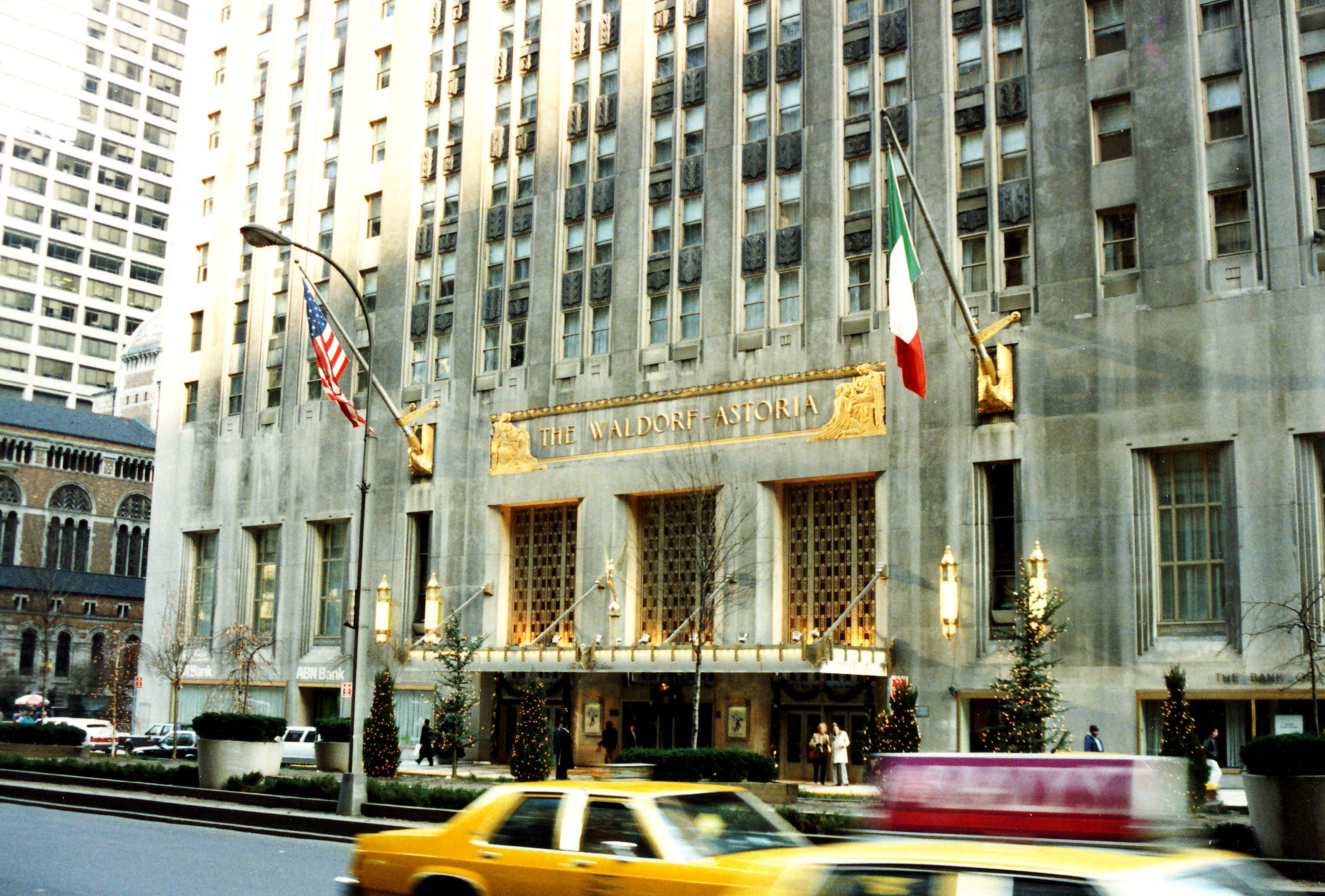 Hilton vend le palace waldorf astoria de new york un for Waldorf at home