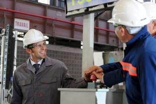 Macron souhaite la refonte de la politique industrielle française