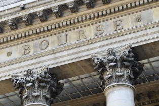 La Bourse de Paris soutenue par la publication de plusieurs indices trimestriels