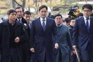 Cinq ans de prison pour l'héritier de l'empire Samsung